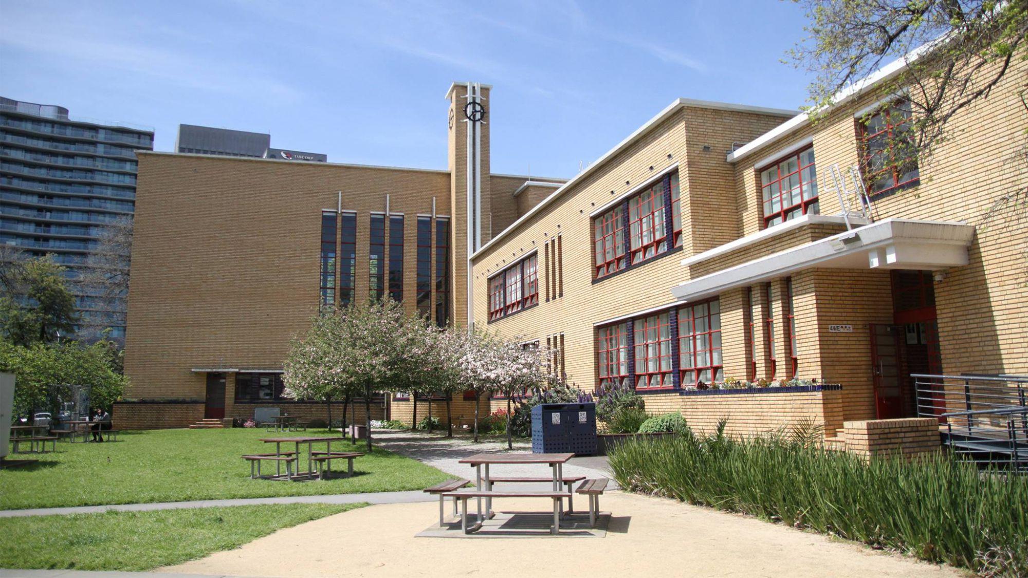 MacRobertson Girls High School